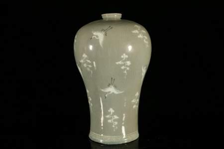 A Rare Korean Celadon-Glazed 'Crane' Meiping