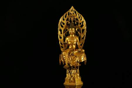 A Rare and Fine Gilt-Bronze Figure of Guanyin