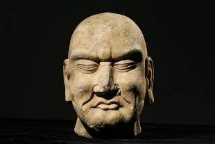 CHINESE WHITE STONE ARHAT STATUE, TANG DYNASTY