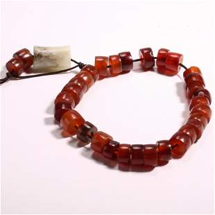 A BUNCH OF CHINESE AGATE NECKLACE, WESTERN ZHOU DYNASTY
