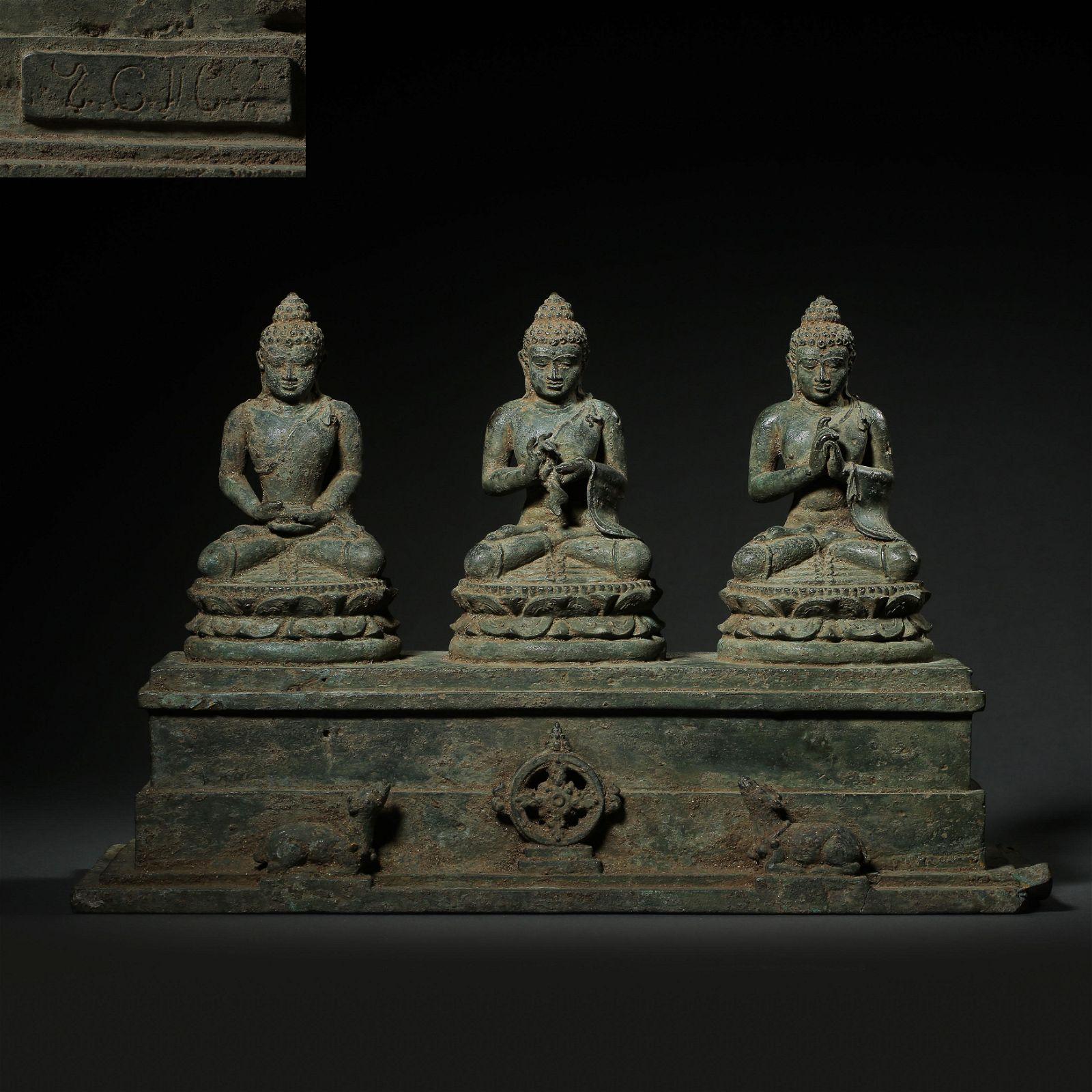 ANCIENT INDIAN BRONZE BUDDHA STATUE