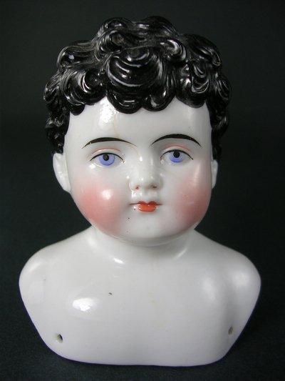 """19E: 4"""" ALT BECK & GOTTSCHALCK CHINA HEAD (ONLY) CHILD"""