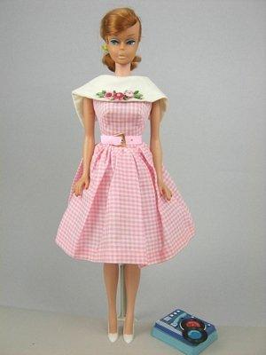 "5: Swirl Ponytail Barbie wearing ""Dancing Doll"""
