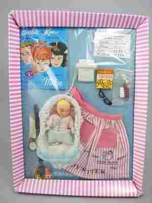 Barbie Babysits, Barbie o/f