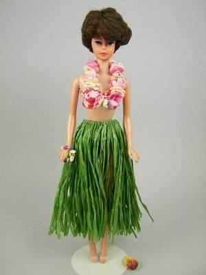 """Bubble Cut Barbie wearing """"Barbie in Hawaii"""""""