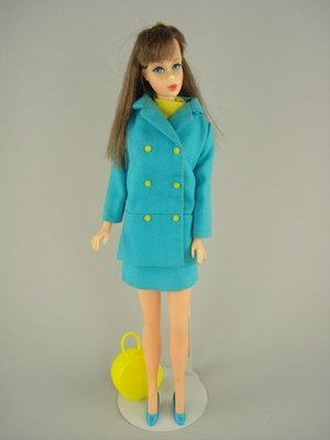 4: BRUNETTE TNT BARBIE IN JAPANESE FASHION