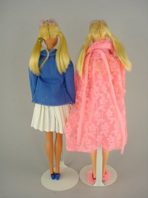 606: TWO P.J.s IN LOVELY SLEEP-INS, GOLD MEDAL BARBIE - 3