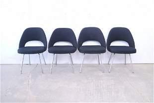 4 Black Mid Century Modern Saarinen Knoll Chairs