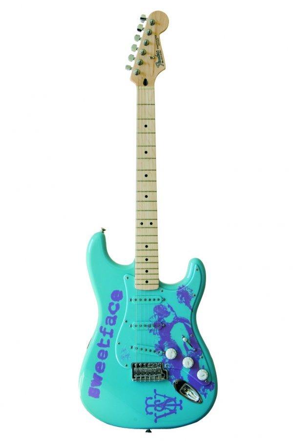 16: Jennifer Lopez - customised Fender® Stratocaster®