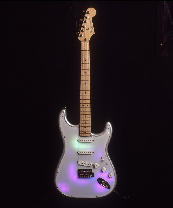 21: Nick Rhodes - Stratocaster® with video software