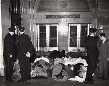 Gordon Coster, La Salle Hotel Fire, Chicago, 1946