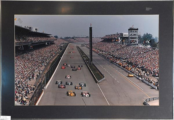 Indy During 500 Race Photos & Start/Finish Line