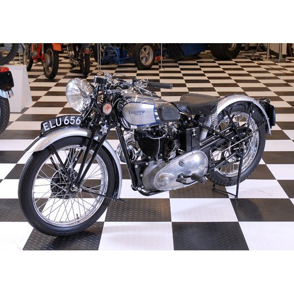 155: Ultra Rare 1938 Triumph T90 Tiger Motorcycle