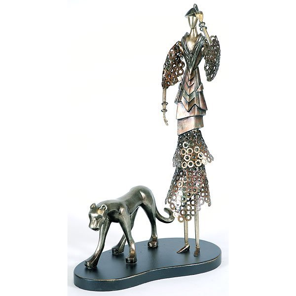 10024: Cat Walk Couture Sculpture