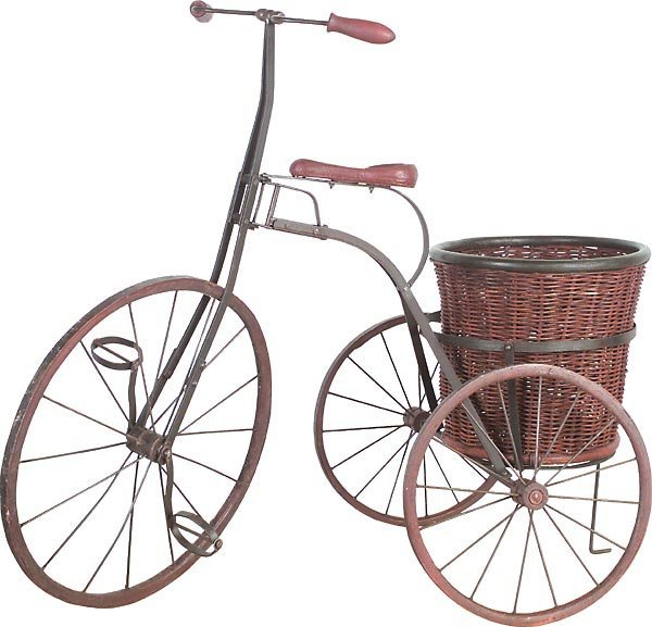 40005: Lg Iron Tricycle with Round Basket