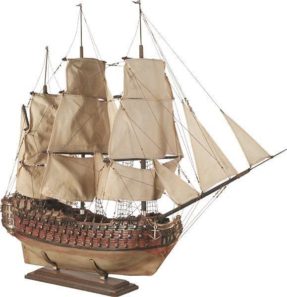 40019: Galleon Ship Statue