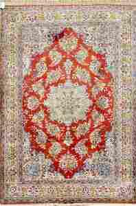 Antique Herekeh Turkish Rug