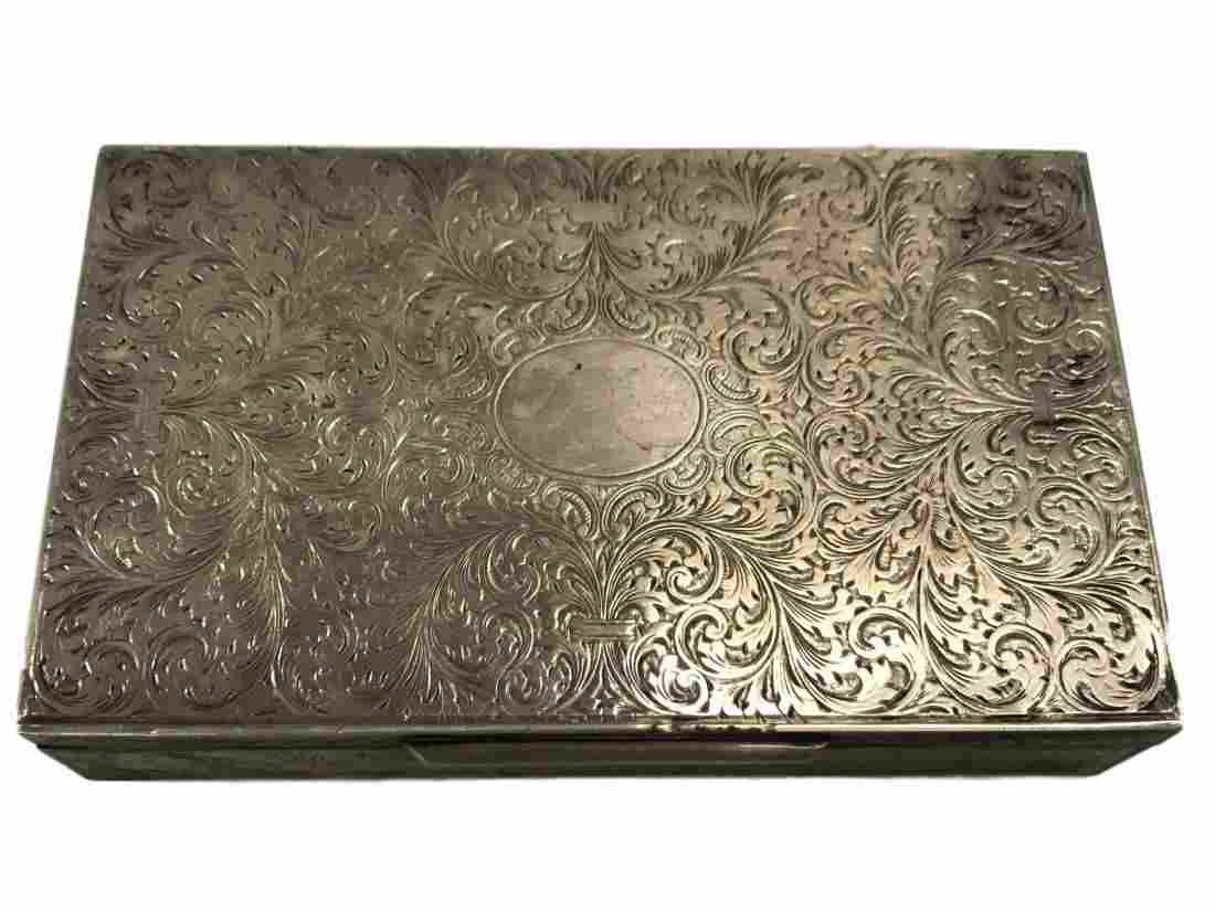 800 Silver engraved trinket box