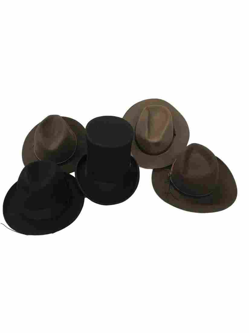 Lot of nice high end vintage male hats