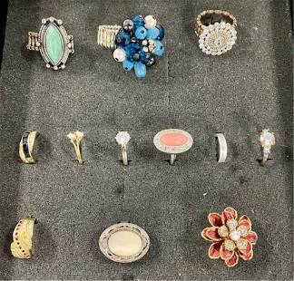 12 Assorted Costume Rings