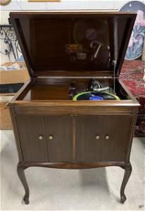 Vintage Victrola-Victor Talking Machine Co.