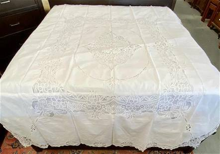Cut Lace Bed Coverlet with 2 Shams