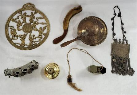 7 Asian & Other Collectible Items