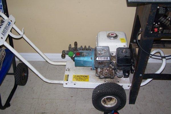 363: 5 HP HONDA PRESSURE WASHER