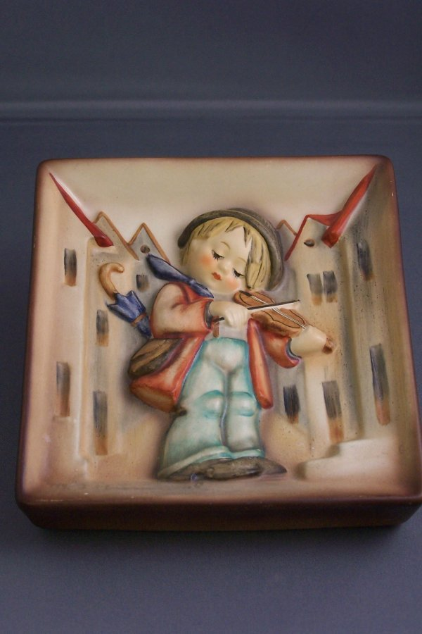 "23: 41/2"" X 5""  ""LITTLE FIDLER"" WALL PLAQUE"