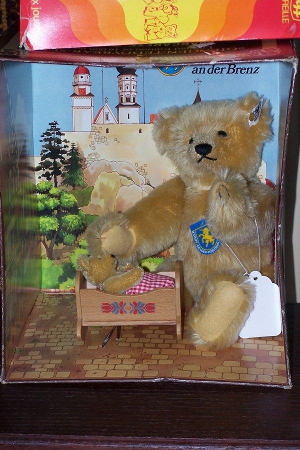 414: GENUINE STEIFF GIENGEN TEDDY BEAR SET