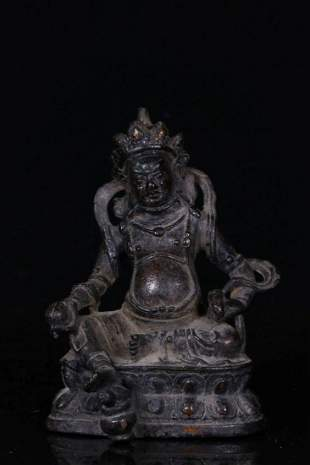 A GOLDEN PAINTED COPPER STATUE OF YELLOW JAMBALA