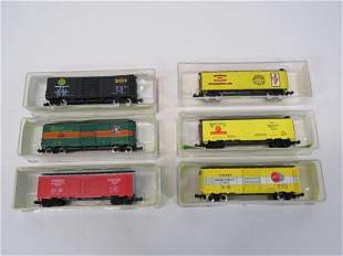 Model Power N Scale Freight Cars (6)