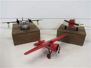Vintage Diecast Scale Model Airplane Lot (3)