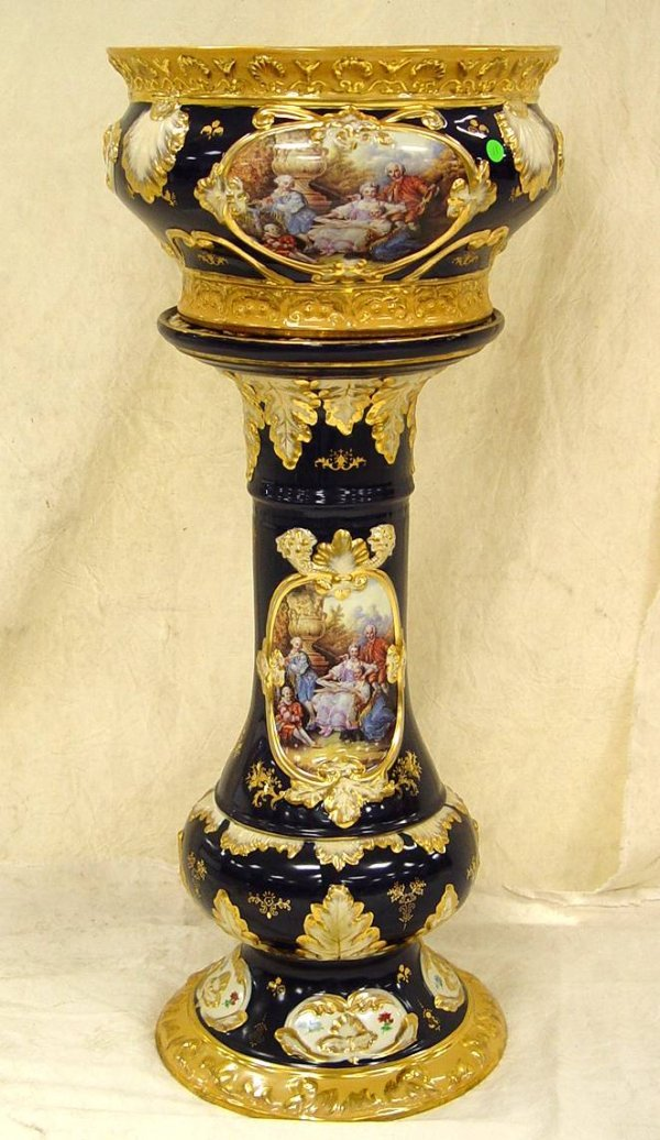11: BLUE JARDINIÈRE & PEDESTAL WITH GOLD DECORATION AND