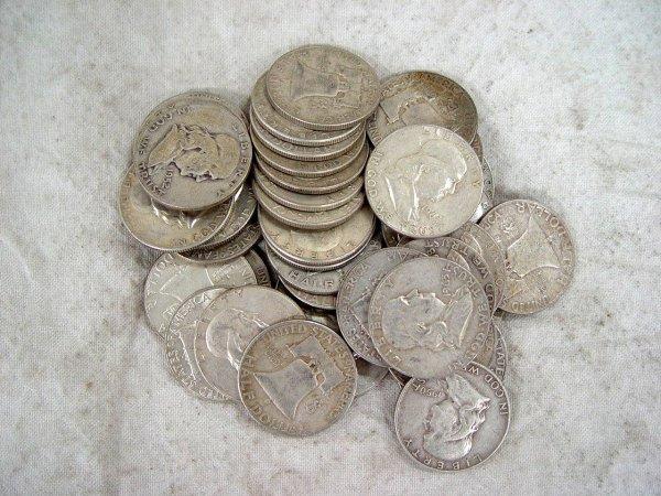621: 40 FRANKLIN SILVER HALF DOLLARS