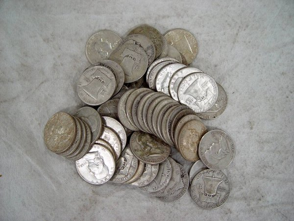 623: 60 FRANKLIN SILVER HALF DOLLARS