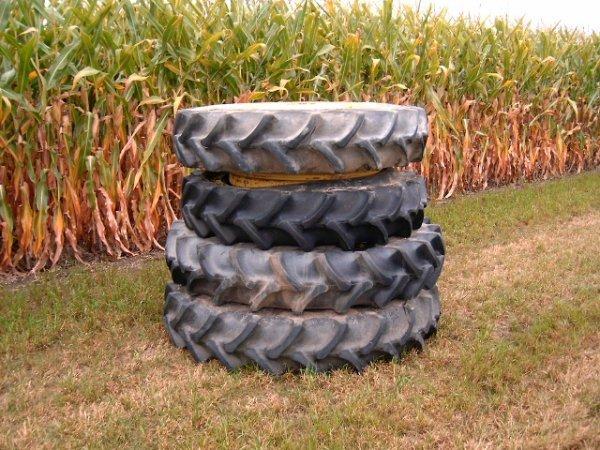 262: Pair 13.6 X 38 Front Tires/Rims