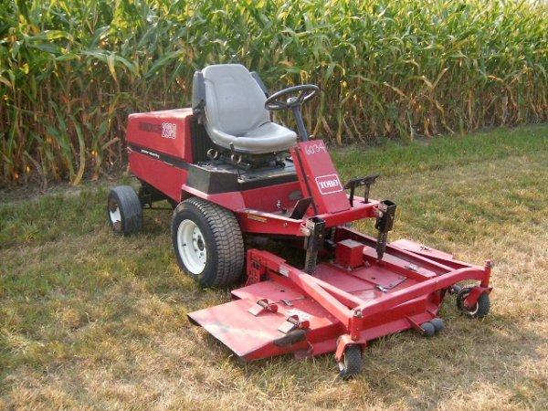 294: Toro 223D GroundsMaster Frt-Deck Mower