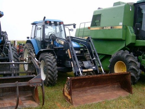 420: New Holland TM150 4WD Tractor