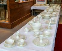 Very extensive antique cream-colored Wedgwood tableware