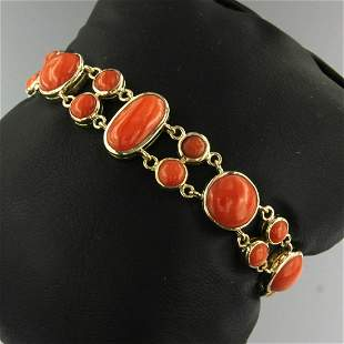 14K yellow gold bracelet set with coral, 16.5 cm.
