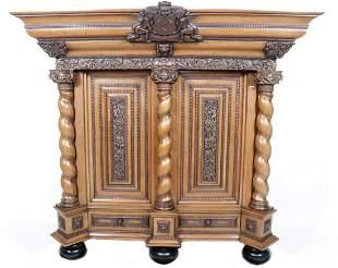 Richly decorated antique oak with walnut cushion/column