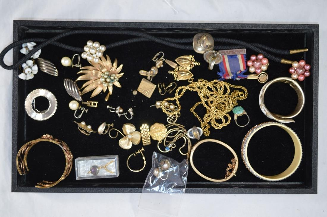 LOT OF GOLD FILLED AND COSTUME JEWELRY