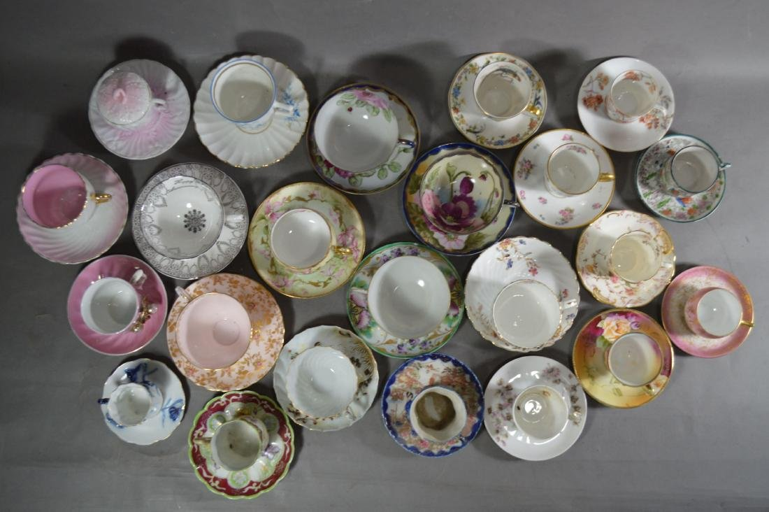 23 ANTIQUE PORCELAIN CUPS AND SAUCERS - 2