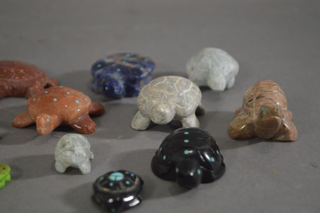 15 NATIVE AMERICAN CARVED STONE TURTLE FETISHES - 2