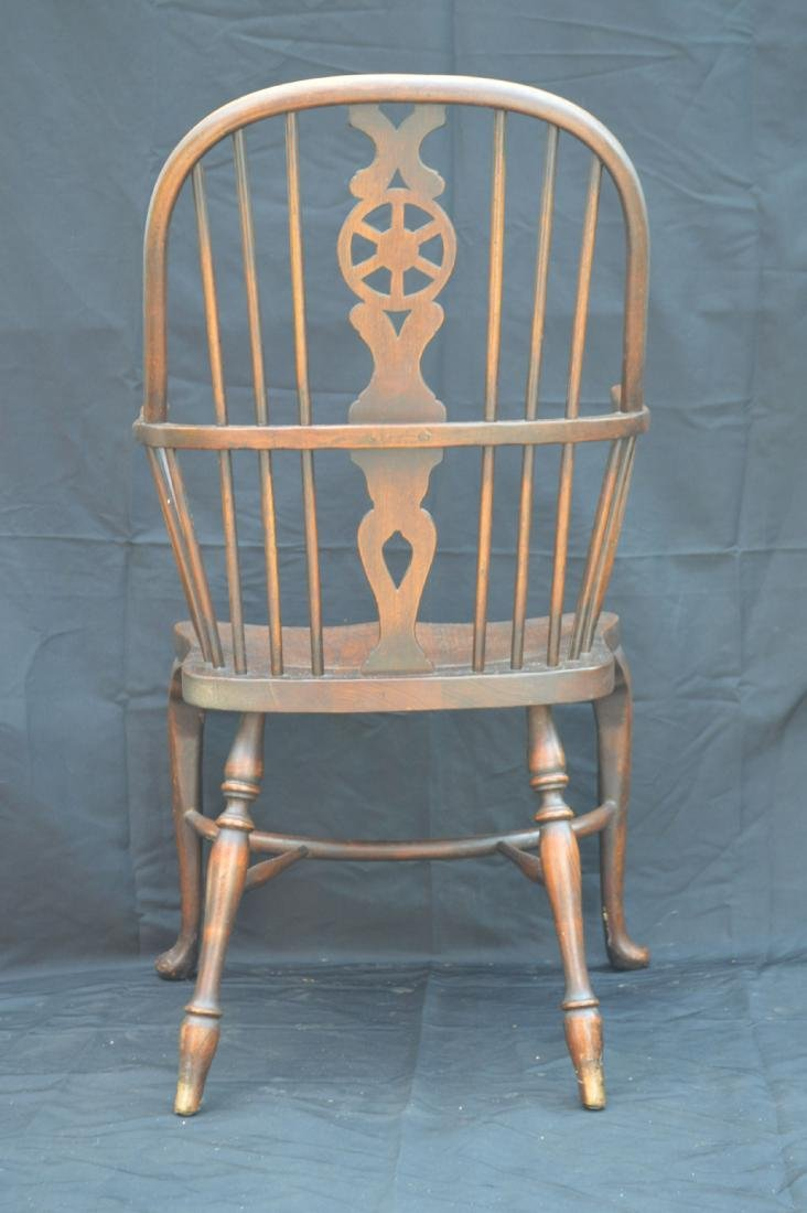 6 OAK QUEEN ANNE STYLE WINDSOR CHAIRS WITH WAGON WHEEL - 4