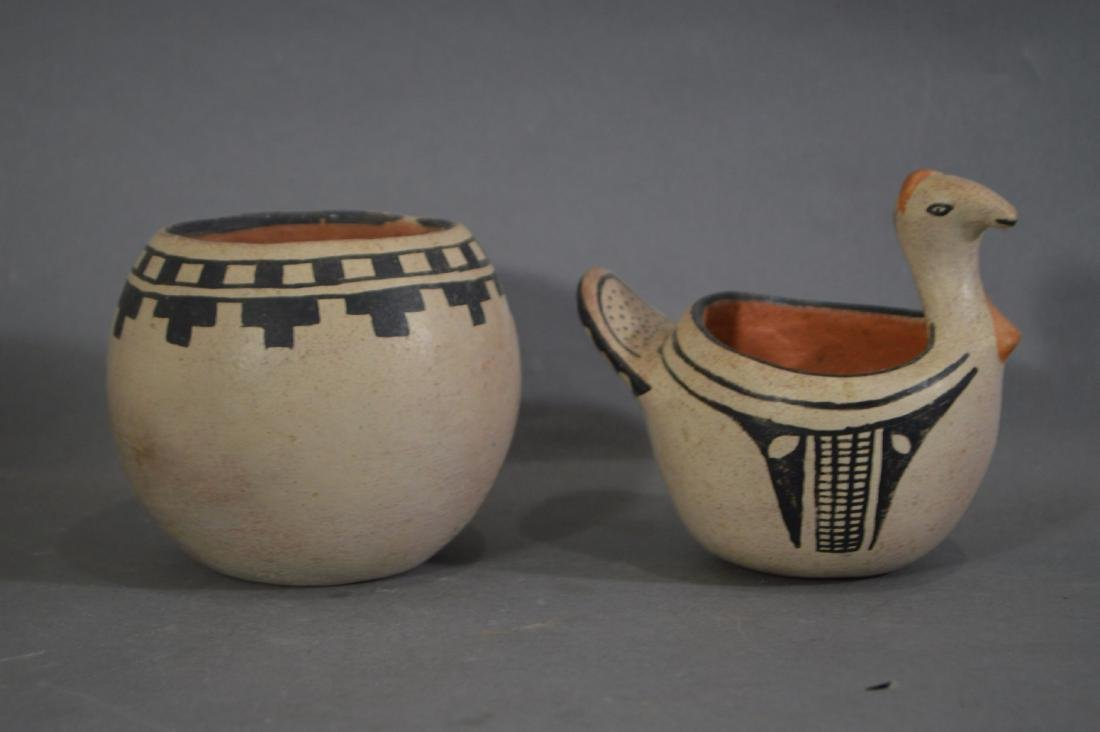 """4 PIECES OF NATIVE AMERICAN POTTERY. 5"""" AND SMALLER - 2"""