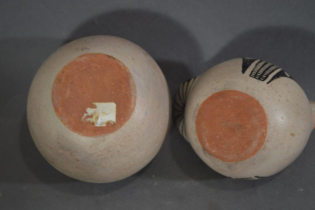 """4 PIECES OF NATIVE AMERICAN POTTERY. 5"""" AND SMALLER - 3"""