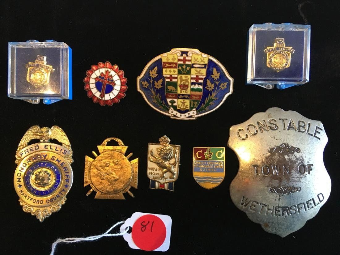 GROUP OF ENAMELED MEDALS AND VINTAGE CT POLICE BADGES