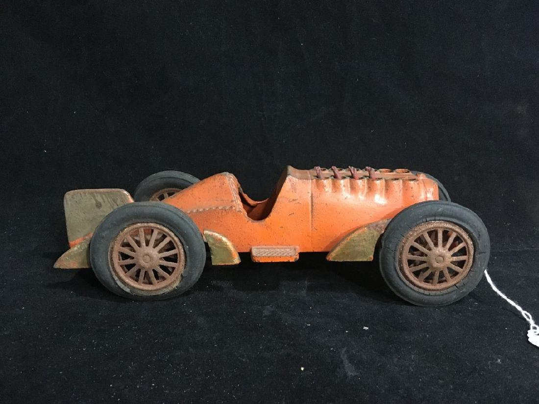 1939 HUBLEY CAST IRON RACE CAR W/ MOVING PISTONS
